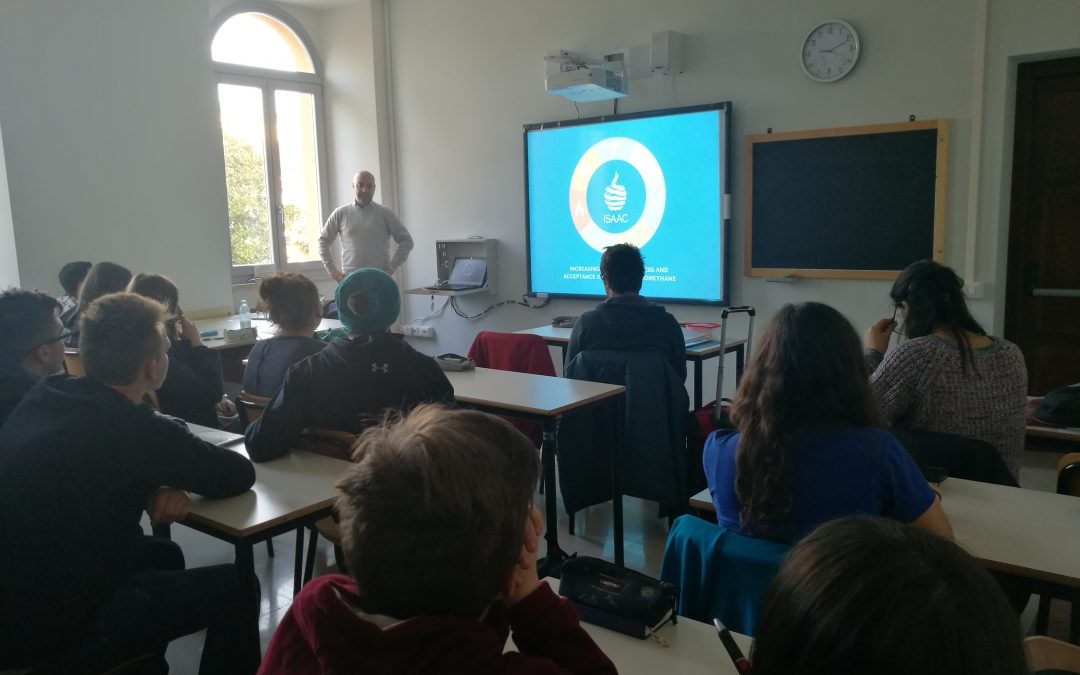 CNR-IIA in the schools talking about bioenergies